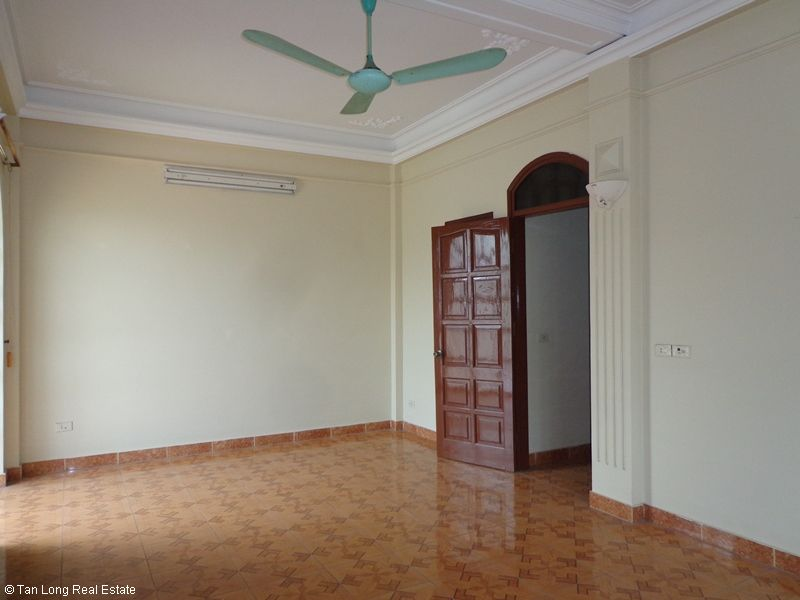 Nice 4 storey house rental in Doi Can, Ba Dinh, Hanoi 2