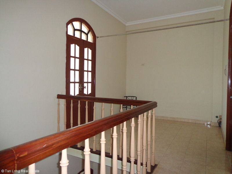 Nice 4 storey house rental in Doi Can, Ba Dinh, Hanoi 5