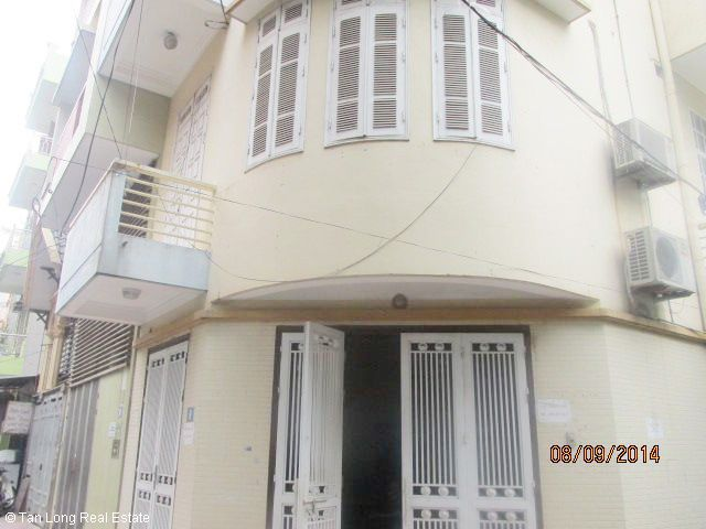 Nice 4.5 storey house for rent in Hoang Ngan street, Cau Giay district, Hanoi. 2