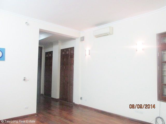 Nice 4.5 storey house for rent in Hoang Ngan street, Cau Giay district, Hanoi. 7