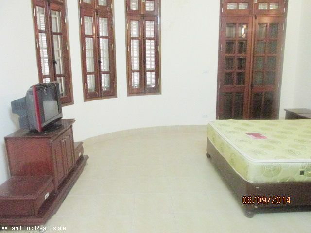Nice 4.5 storey house for rent in Hoang Ngan street, Cau Giay district, Hanoi. 4
