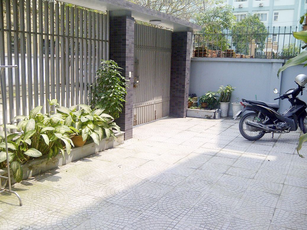 Nice 4.5-storey, 4 bedroom villa for rent in An Sinh Urban Area, My Dinh 1, Nam Tu Liem dist., Hanoi. 1