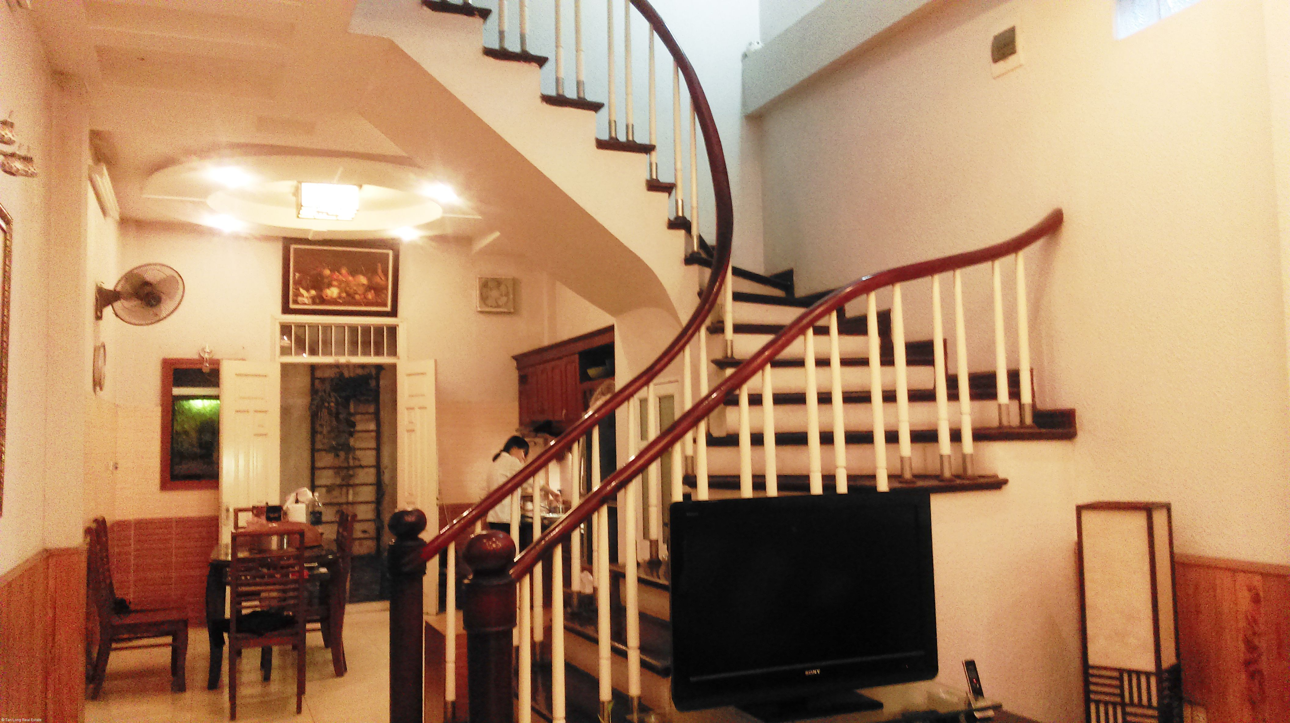 Nice 5-storey house for sale in Van Chuong lane, Dong Da district 3