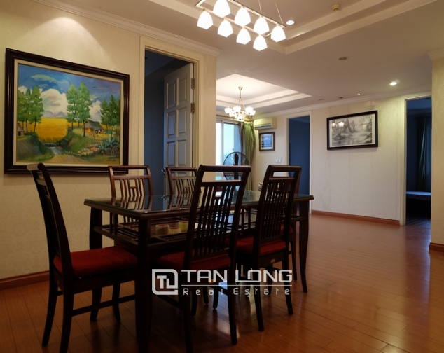 Nice and full furniture 4 bedroom apartment in E5, Ciputra 1