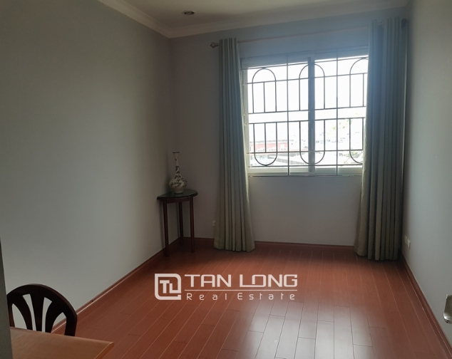 Nice and full furniture 4 bedroom apartment in E5, Ciputra 4