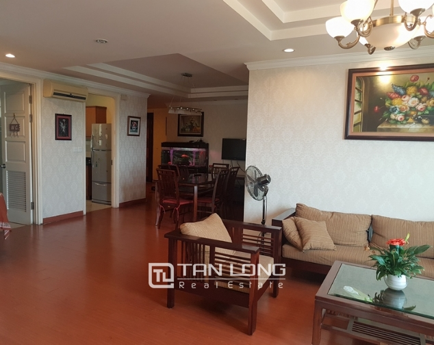 Nice and full furniture 4 bedroom apartment in E5, Ciputra 8