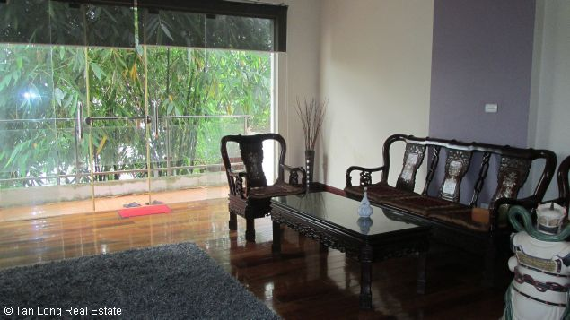 Nice and modern fully furnished house with a beautiful view in Long Bien Dict, Ha Noi. 2