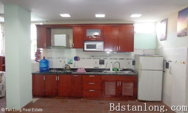 Nice apartment for rent in Au Co street, Tay Ho district. 3