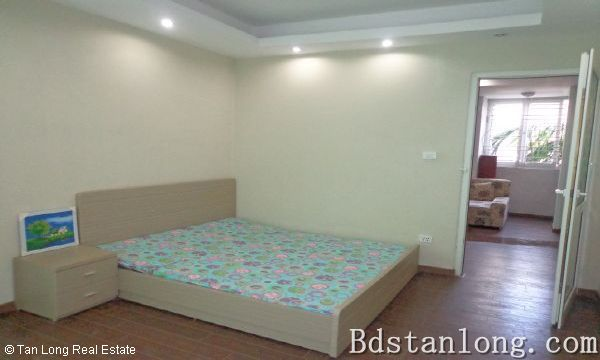 Nice apartment for rent in Au Co street, Tay Ho district. 9
