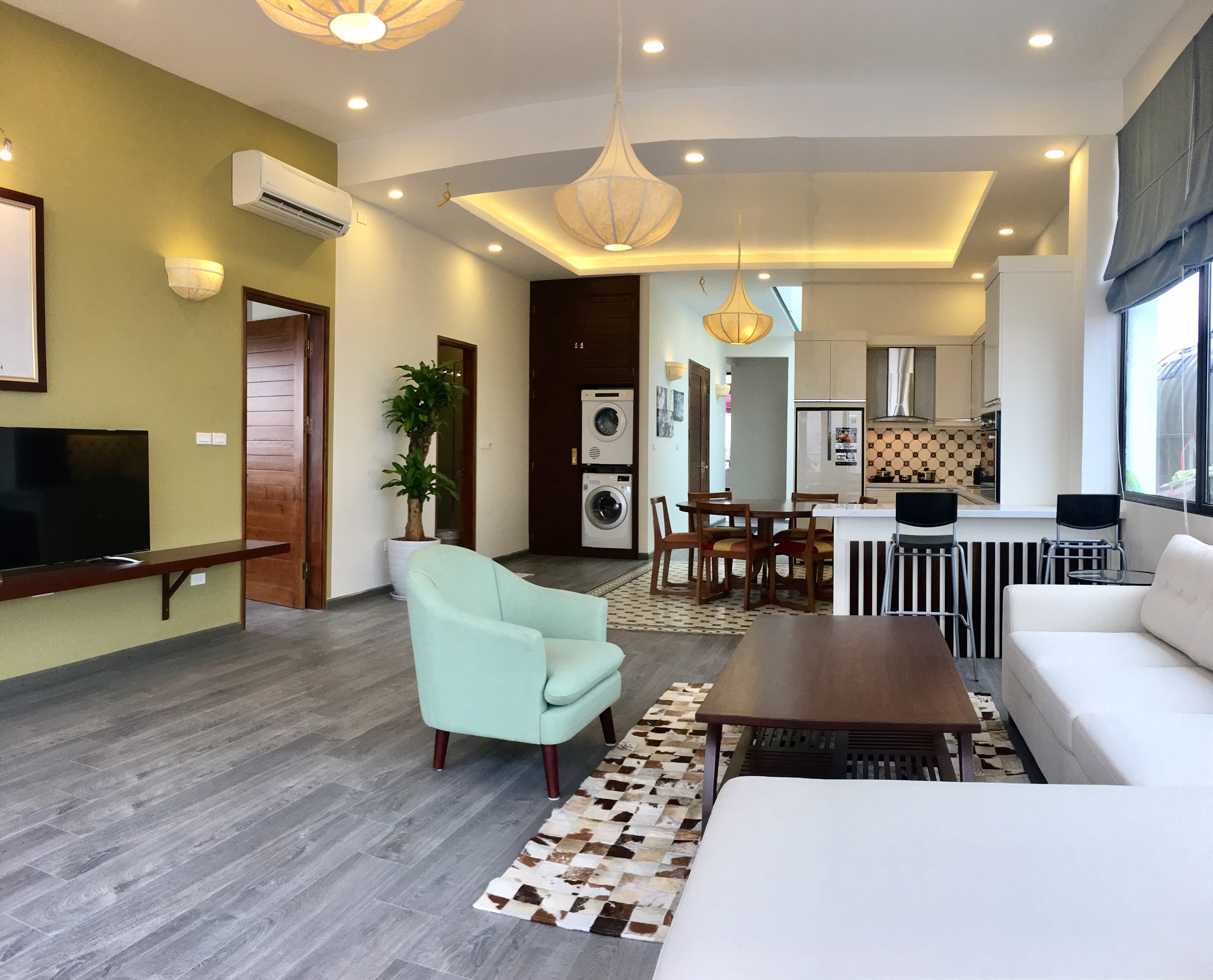 Nice apartment for rent in To Ngoc Van street, Quang An ward, Tay Ho district, Hanoi