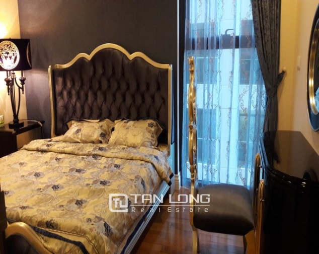 Nice apartment in Hoang Thanh building for rent. 3