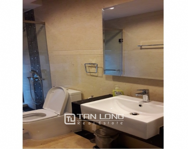 Nice apartment in Hoang Thanh building for rent. 4