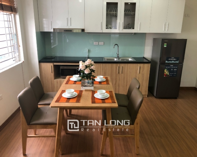 Nice apartment with 1 bedroom in Yen Hoa for rent! 4