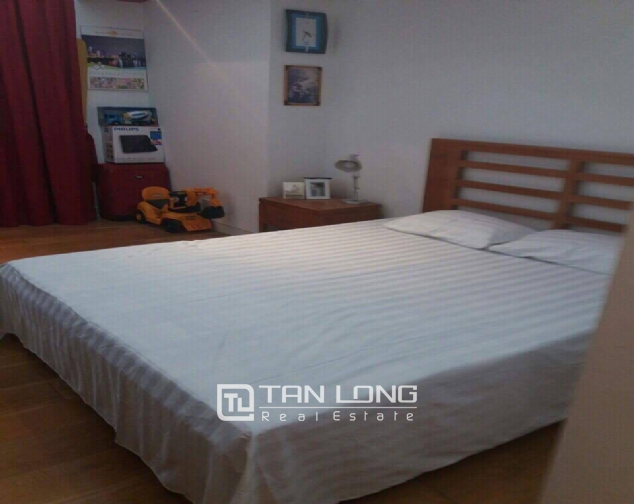 Nice apartments for lease in Xuan Thuy Street, Cau Giay District, Hanoi. 4