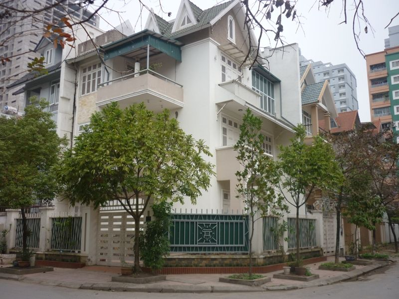 Nice fully furnished villa for rent on Le Duc Tho street, My Dinh 1, Nam Tu Liem district, Ha Noi