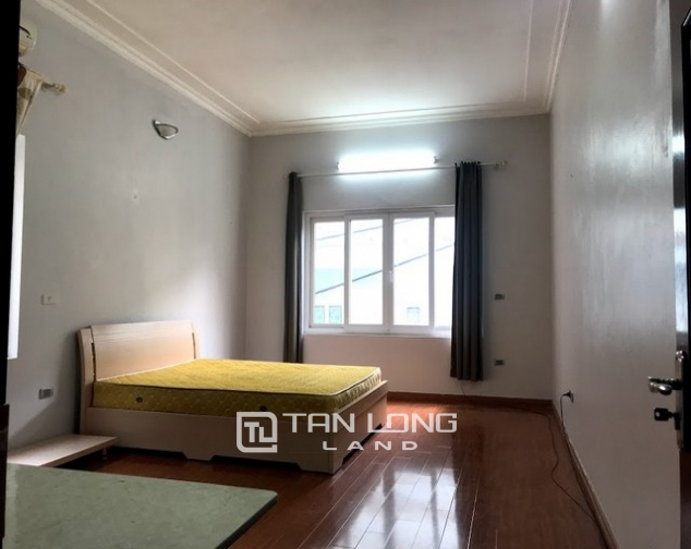 Nice furnished 7 bedroom house for rent on Au Co street, Tay Ho district 4
