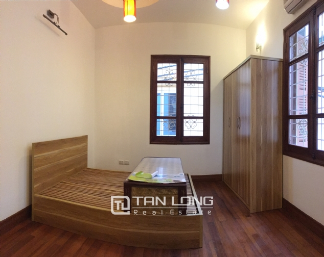 Nice house for rent in Dang Thai Mai street, Tay Ho district, Hanoi. 5