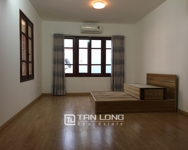 Nice house for rent in Dang Thai Mai street, Tay Ho district, Hanoi. 10