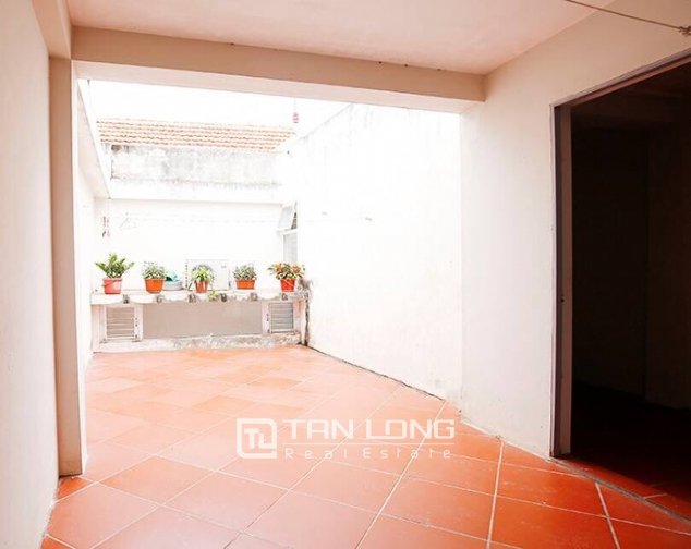 Nice house for rent in Dang Thai Mai street, Tay Ho district, Hanoi 10