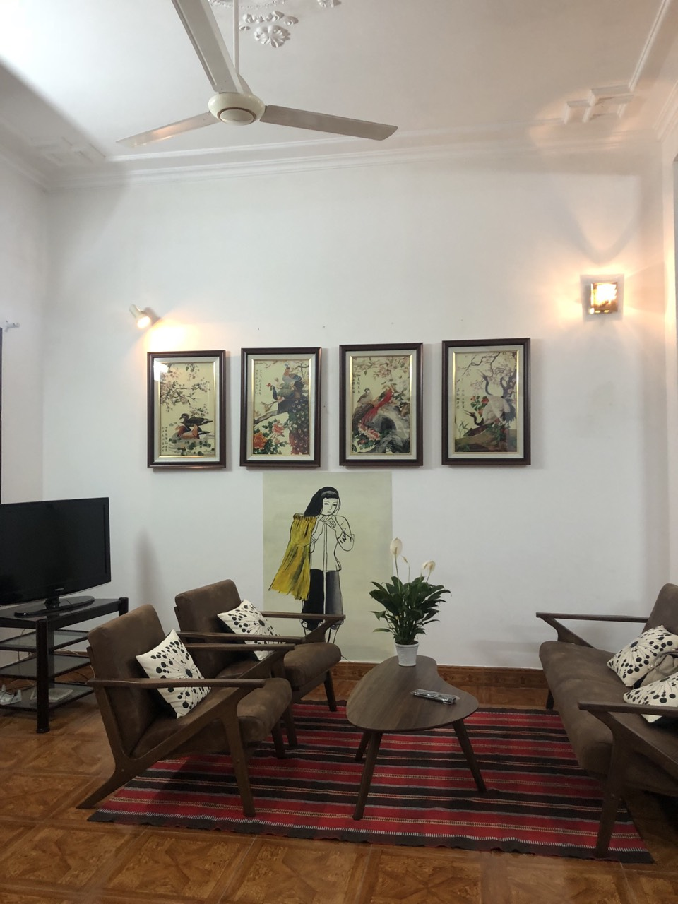 Nice house for rent in Dang Thai Mai street, Tay Ho district!