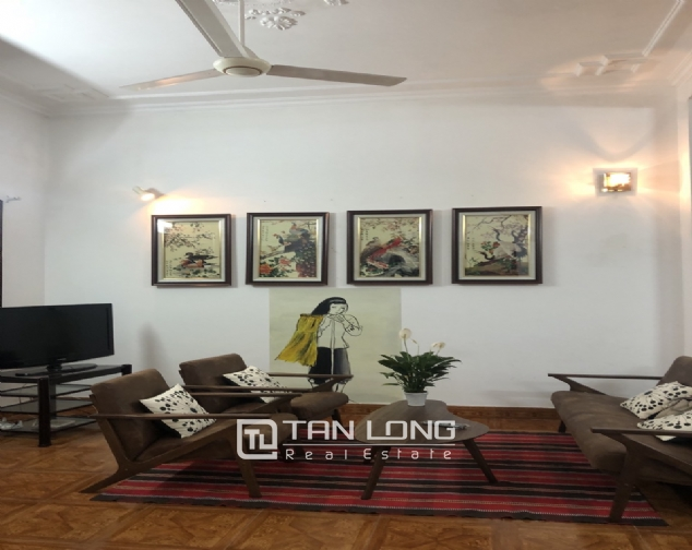 Nice house for rent in Dang Thai Mai street, Tay Ho district! 1