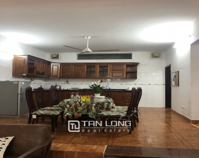 Nice house for rent in Dang Thai Mai street, Tay Ho district! 2