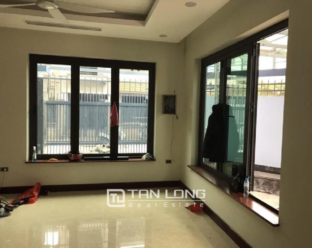 Nice house for rent in Do Duc Duc Street, Me Tri Ward, Nam Tu Liem District, Hanoi 5