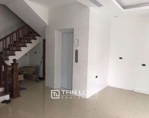 Nice house for rent in Do Duc Duc Street, Me Tri Ward, Nam Tu Liem District, Hanoi 6