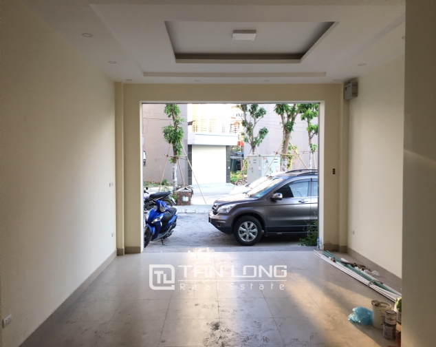 Nice house for rent in Lac Long Quan street, Tay Ho district, Hanoi. 9