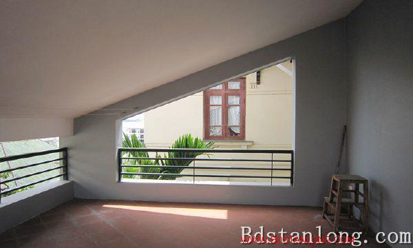 Nice house for rent in Nghi Tam village, Tay Ho district, Hanoi. 3
