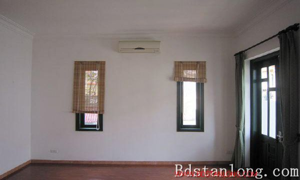 Nice house for rent in Nghi Tam village, Tay Ho district, Hanoi. 9
