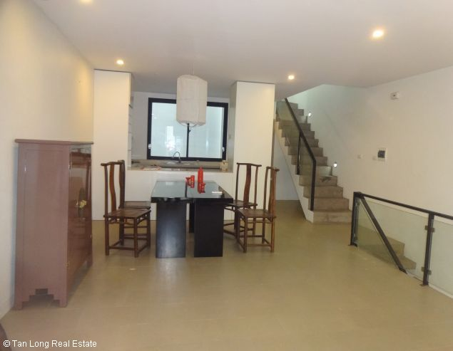 Nice house for rent in Xuan Dieu street, Tay Ho district, $1100 4