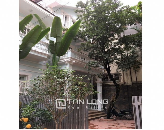 Nice house in To Ngoc Van street, Tay Ho district, Hanoi for lease 1
