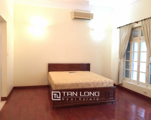 Nice house in To Ngoc Van street, Tay Ho district, Hanoi for lease 9