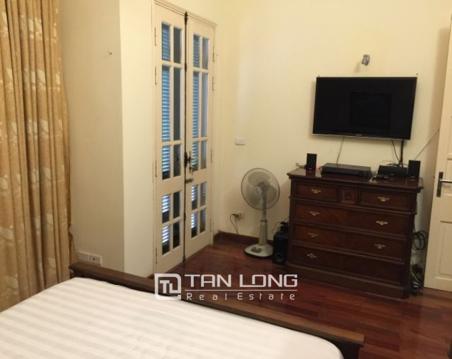 Nice  house in Vong Thi, Tay Ho district, Hanoi for rent 1