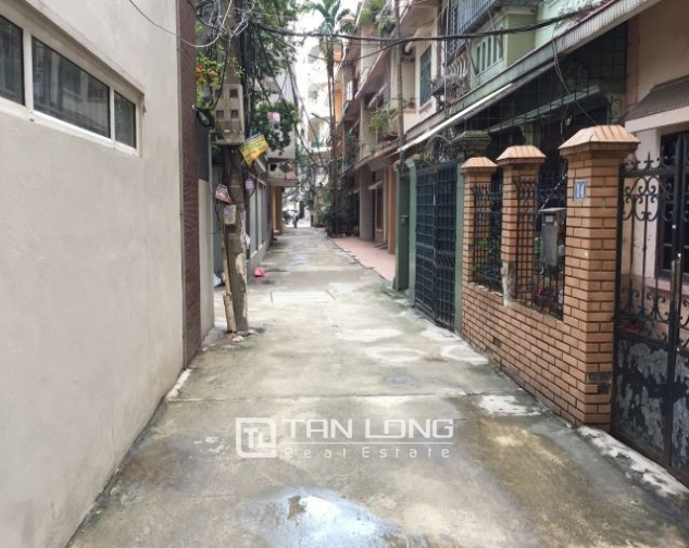 Nice  house in Vong Thi, Tay Ho district, Hanoi for rent 2