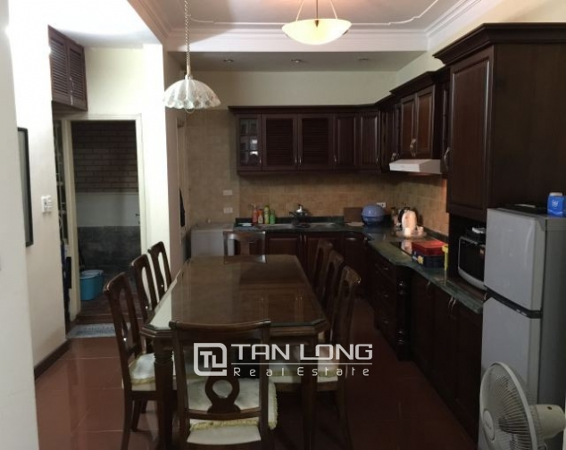 Nice  house in Vong Thi, Tay Ho district, Hanoi for rent 10