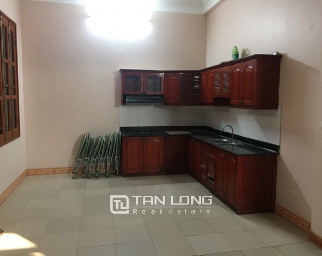 Nice house with 3 floors in Sai Dong street, Long Bien Street for lease 6
