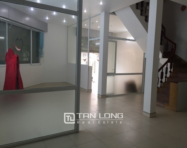 Nice house with 3 floors in Sai Dong street, Long Bien Street for lease 1