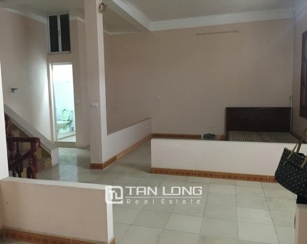 Nice house with 3 floors in Sai Dong street, Long Bien Street for lease 5