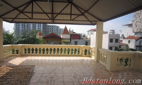 Nice house with big garden for rent in Westlake Hanoi 5