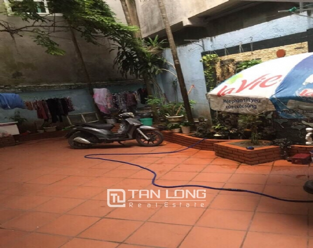Nice house with spacious court yard and balcony for sale in Kim Ma, Ba Dinh district 2