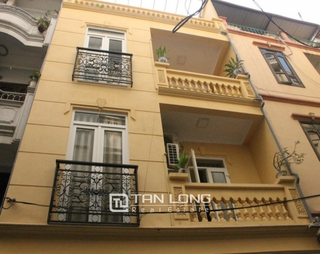 Nice houses for rent in Tran Phu, Ba Dinh district, Hanoi for rent 1