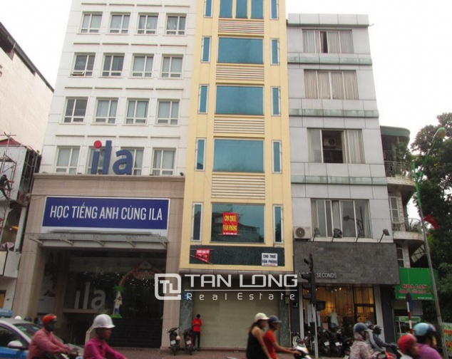 Nice office building for lease in Hue street 1