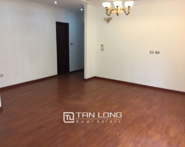 Nice office for rent in Trieu Viet Vuong street, Hai Ba Trung district, Hanoi 1