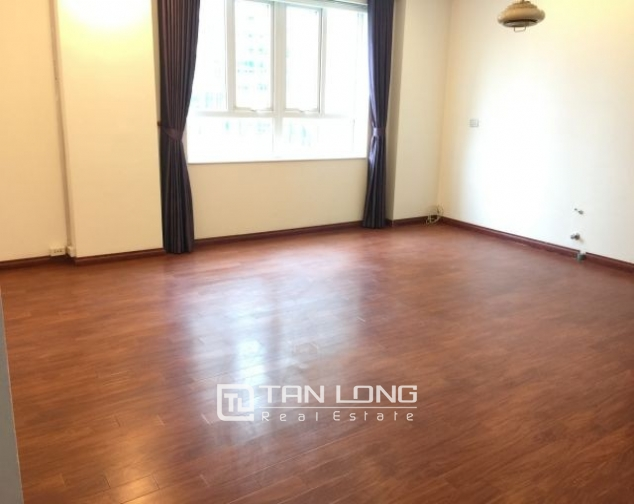 Nice office for rent in Trieu Viet Vuong street, Hai Ba Trung district, Hanoi 2