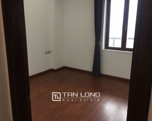 Nice office for rent in Trieu Viet Vuong street, Hai Ba Trung district, Hanoi 4