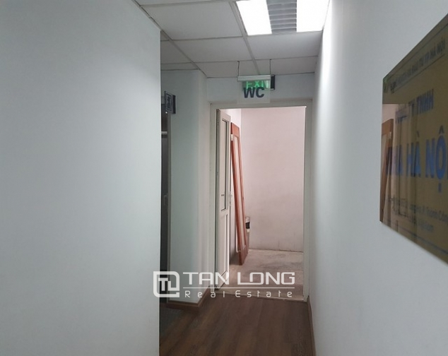 Nice office in Lang Ha street, Dong Da district, Hanoi for rent 2