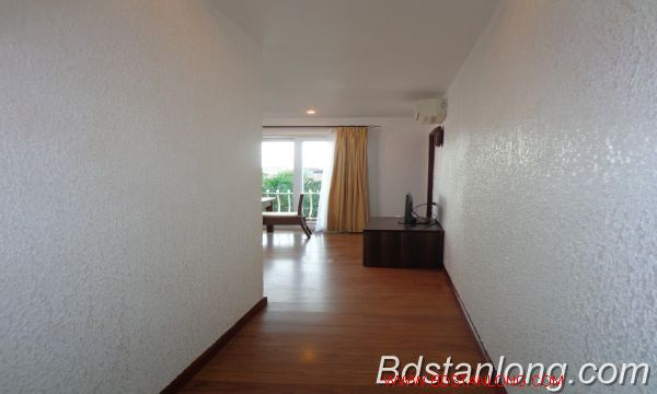 Nice service apartment for lease in Xuan Dieu street. 3