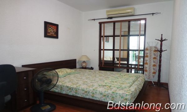 Nice service apartment for lease in Xuan Dieu street. 9